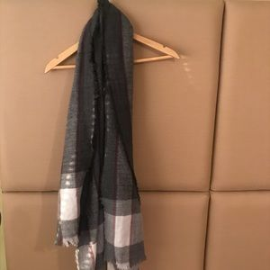Grey Plaid Lightweight Scarf